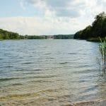 Widok na jezioro Rzuno